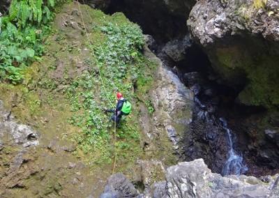 Sainte Suzanne rappel après grotte
